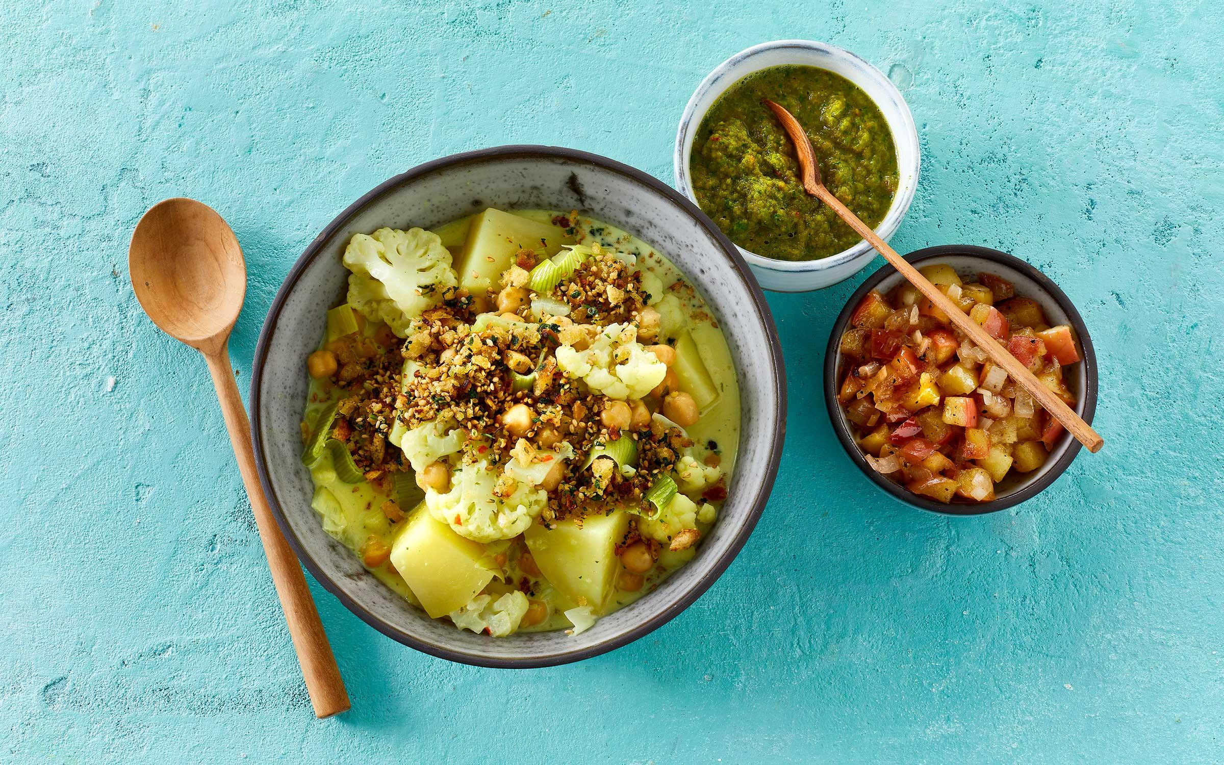 Blomkål i green curry i skål